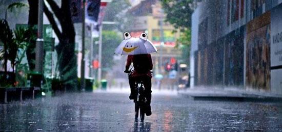 ... 雨の日の自転車通勤グッズ