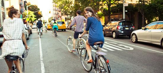 自転車通勤 冬 自転車通勤 スーツ : 自転車通勤する女性の服装 ...